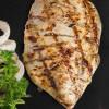 Стейк из куринного филе с нотками карри,запеченой картошкой, кукурузой-гриль и соусом барбекю GRILL PUB (Гриль Паб)